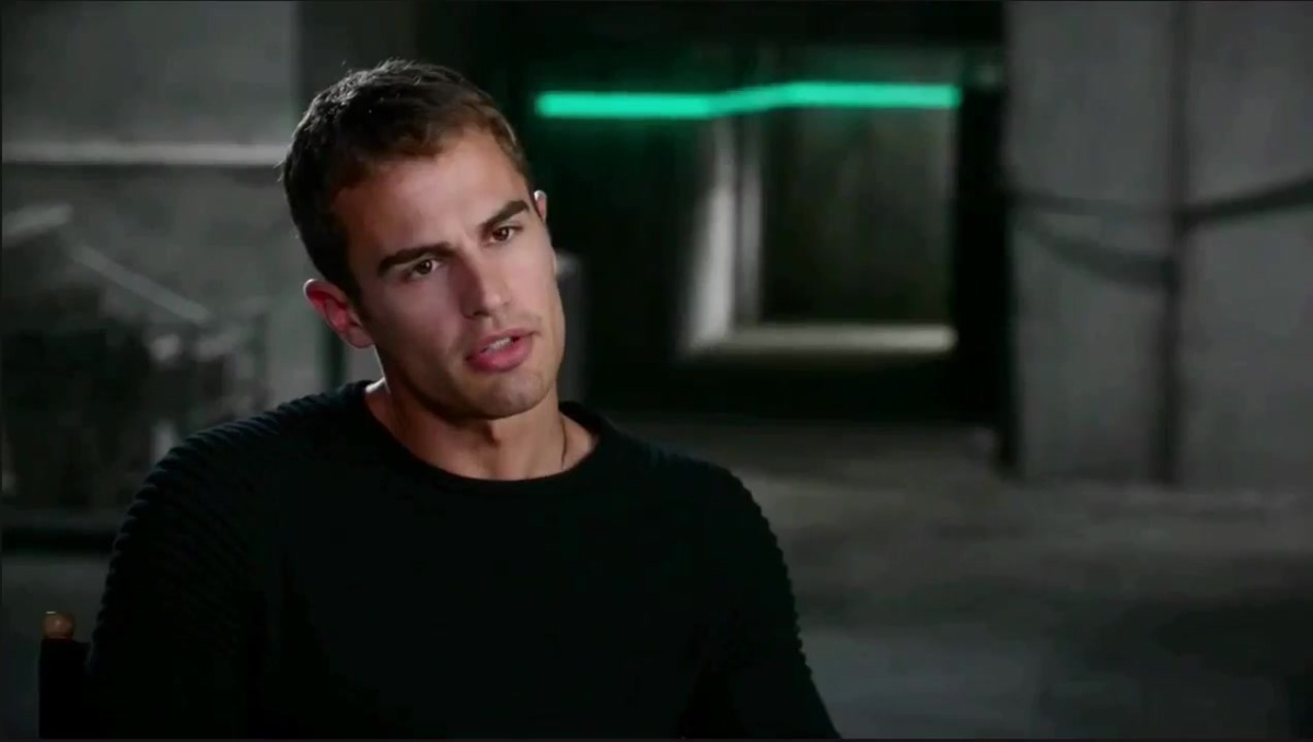 Divergent Featurette - Interviews and Behind the Scenes Footage 612
